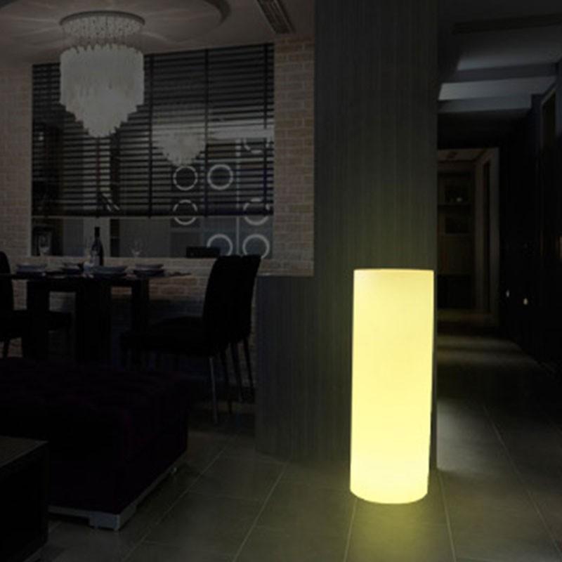 Pot de fleur LED RGBW en résine blanche 40x115cm 7W IP65 Sans fil