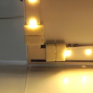 Connecteur d'angle 90º pour ruban LED RGB 10mm