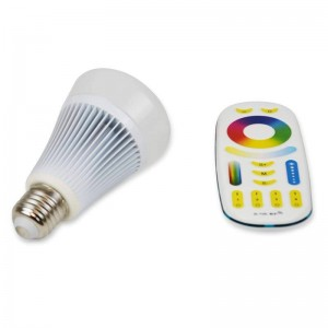 Ampoule LED RGBWW E27 8W par radio-fréquence