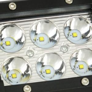Spot LED pour machine, automobile et bateau 18W - 1800lm - Angle fermé
