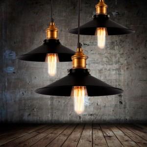 lampe suspendue acier coulé