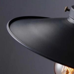 Lampe de suspension dorée et noir