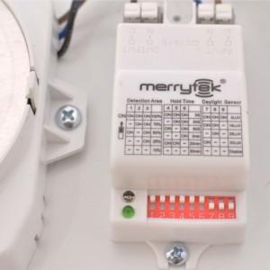 Plafonnier avec capteur de mouvement pour ampoule E27