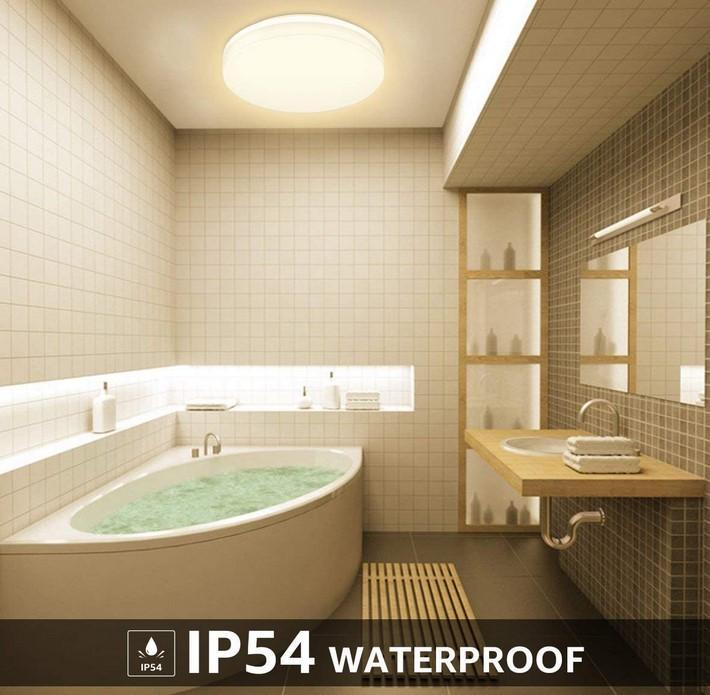 plafonnier LED salle de bain ip54