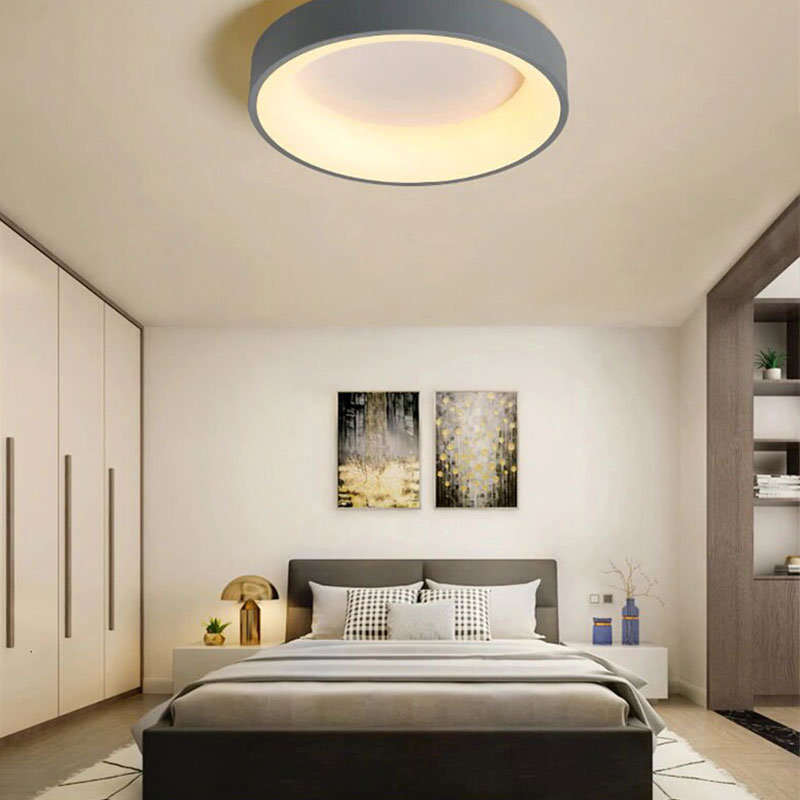lampe saillie moderne LED