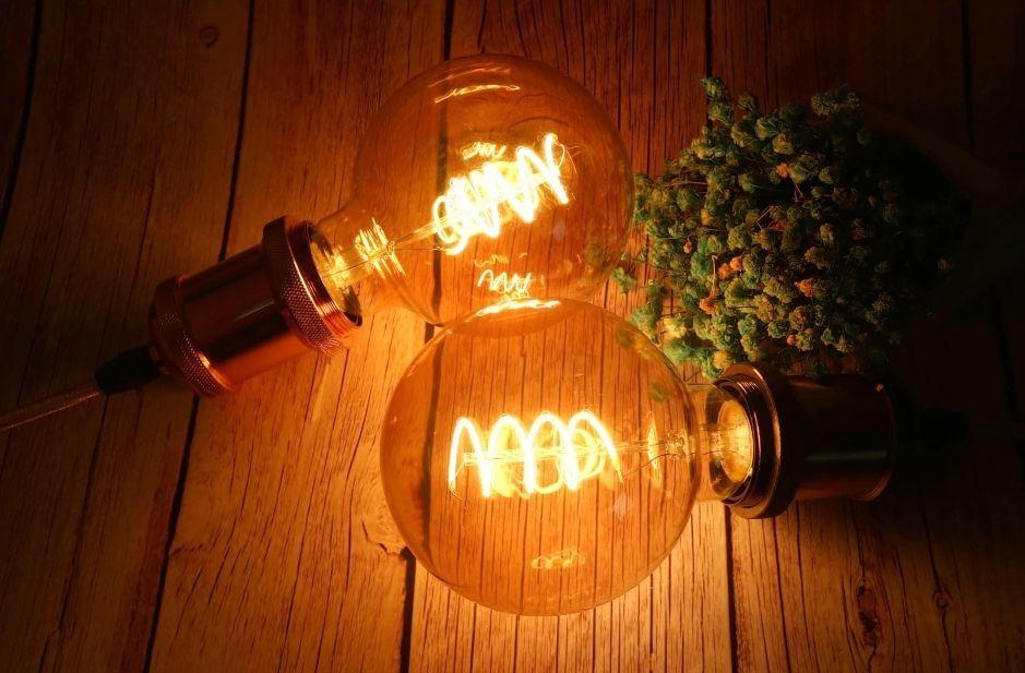 """Ampoule LED filament """"Spirale"""""""