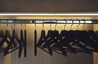 iluminación de armarios con regletas t5 led