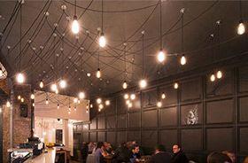 cables textiles con bombillas decorativas
