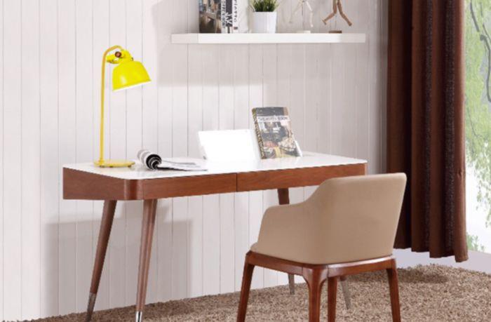 lampe de bureau métal jaune