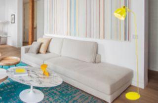 lampadaire moderne jaune